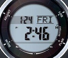 陸上での時計モードの表示画面